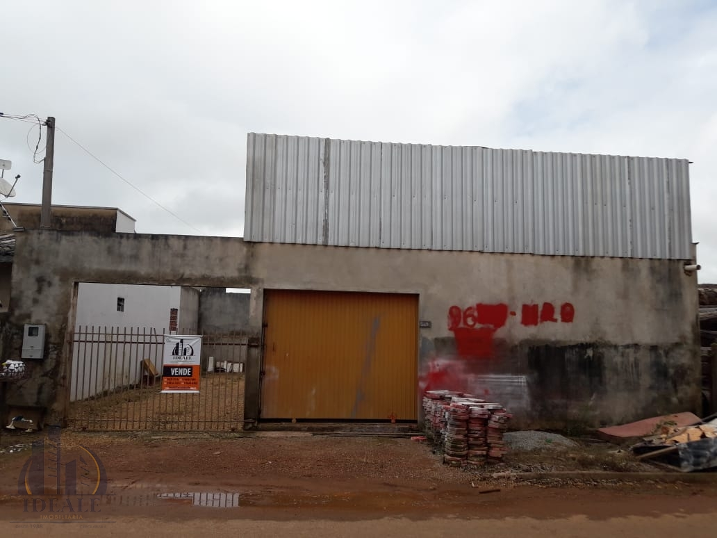 Casa e Barracão a Venda no Setor Industrial Norte